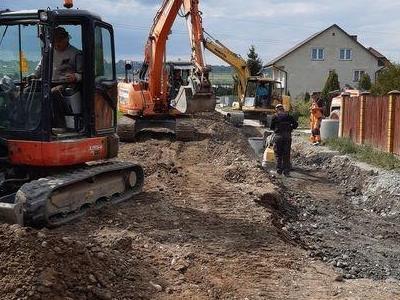 Budowa sieci kanalizacyjnych 8