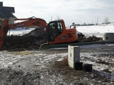 Budowa sieci kanalizacyjnych 31